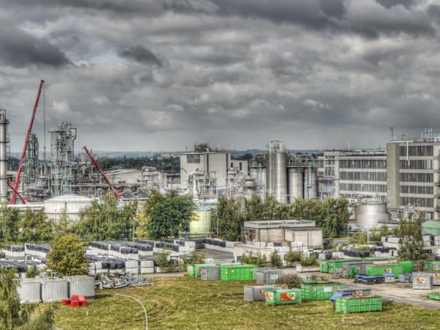 Chemieanlage 2011